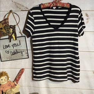Levi's; Striped Top; Shirt; Tee Shirt; ; M